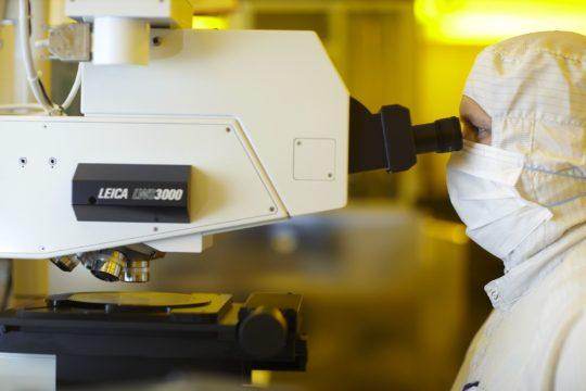 Image microscope laboratoire